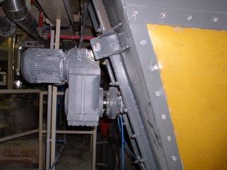 zařízení pro čeření sypkých hmot v technologickém procesu výroby práškových hmot
